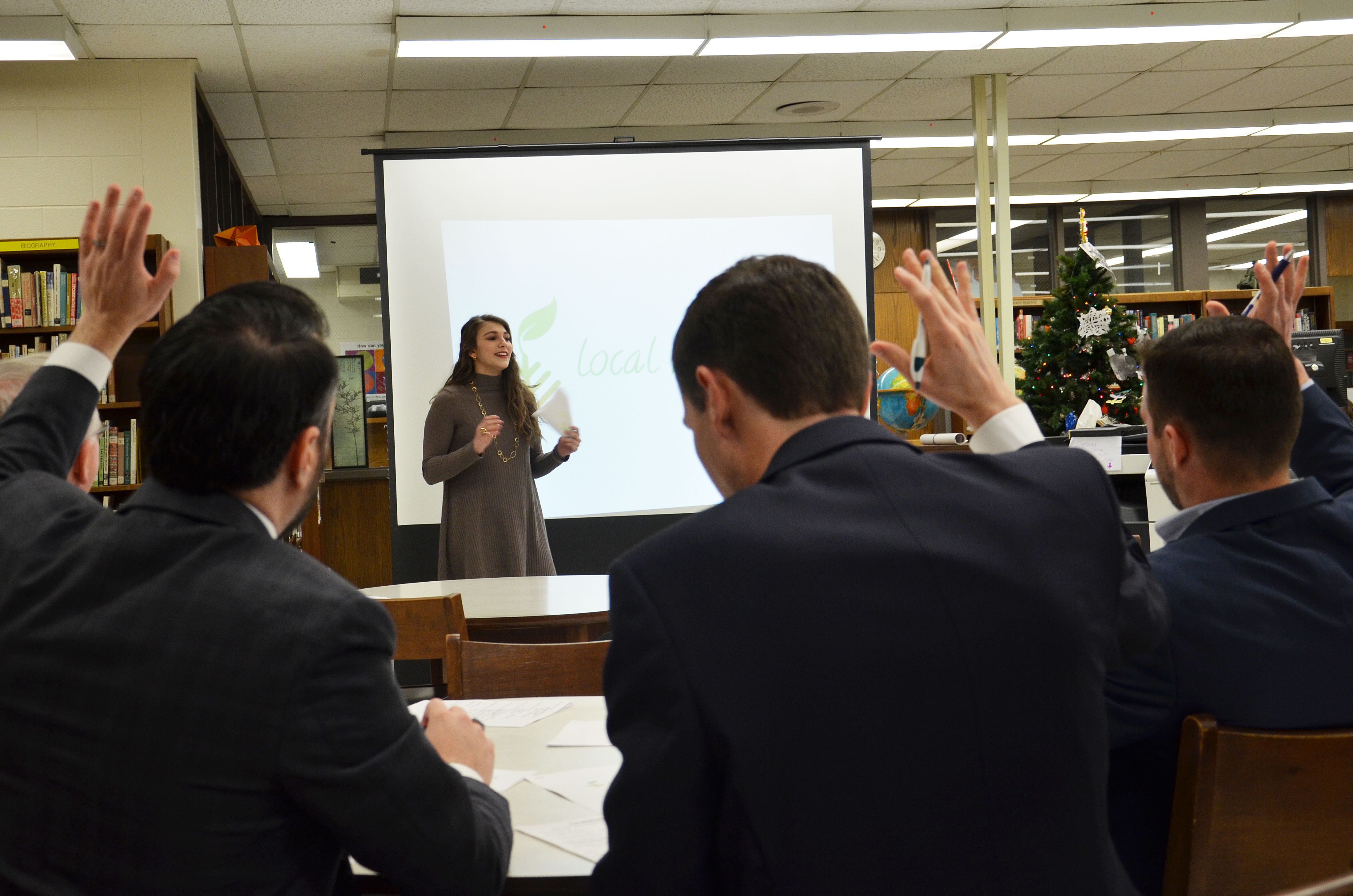 Bartleby Entrepreneurship student presents to board of local experts.